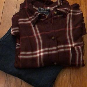 ANERCROMBIE & FITCH fun girly flannel